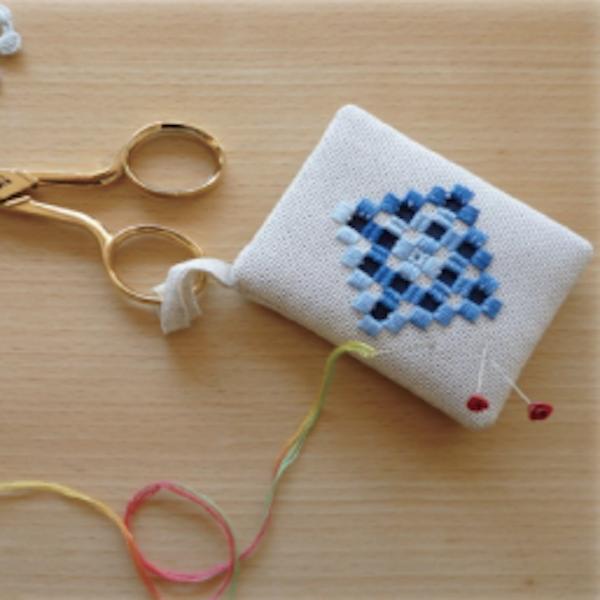 ハーダンガー刺繍